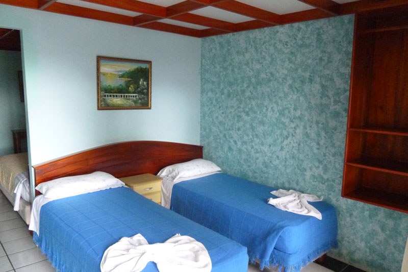 galapagos hotel la peregrina double room